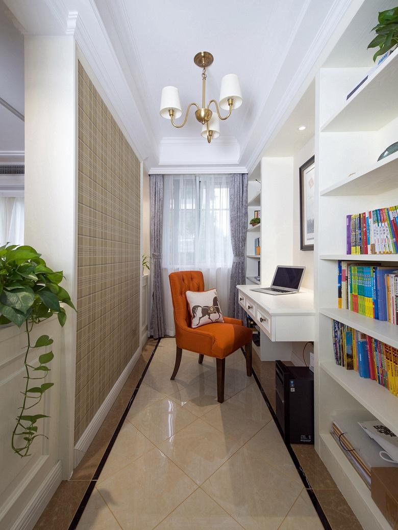 书房图片来自家装大管家在淡雅色系 135平简约大气时尚3居的分享