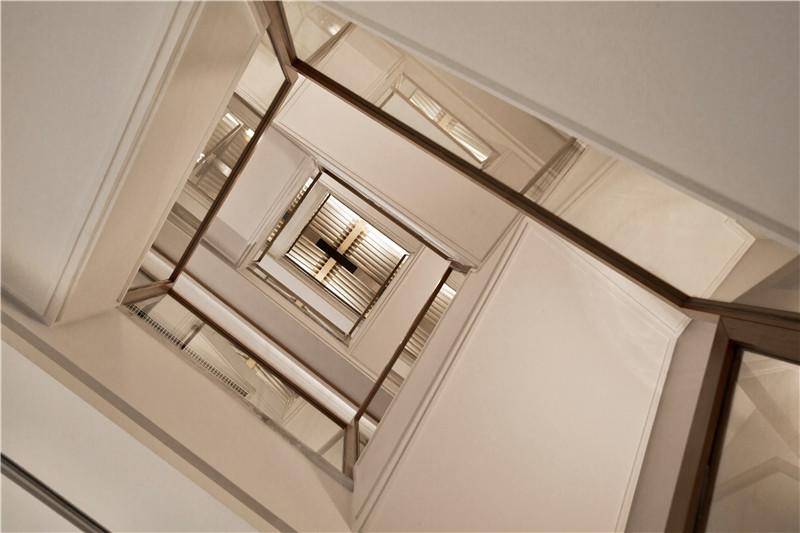 80后 别墅 白领图片来自用户1861598260在CCTV2上榜作品的分享