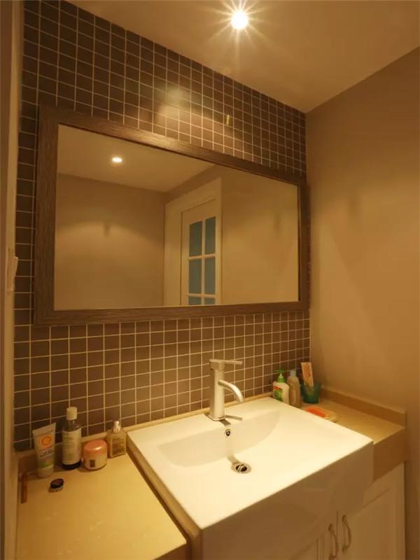 北欧 现代 三居 白领 小资 80后 卫生间图片来自高度国际姚吉智在115平米现代北欧清爽时尚三居室的分享