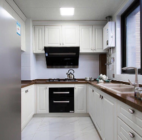 美式 三居 收纳 厨房图片来自陕西峰光无限装饰在腾业国王镇的分享