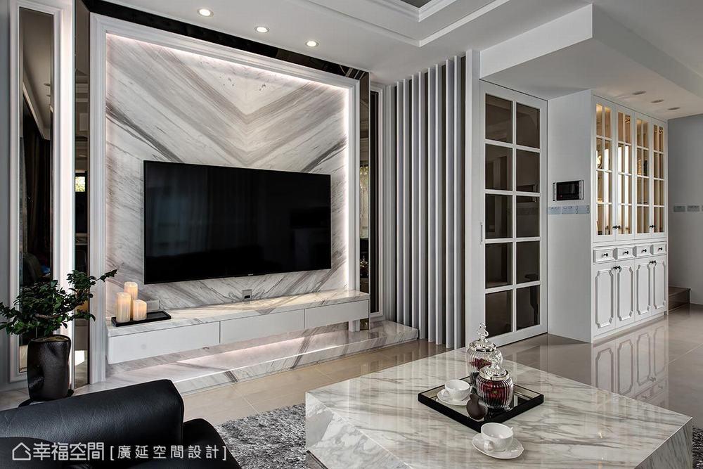 四居 新古典 别墅 客厅图片来自幸福空间在二次换屋不蜗居 132平新古典宅的分享