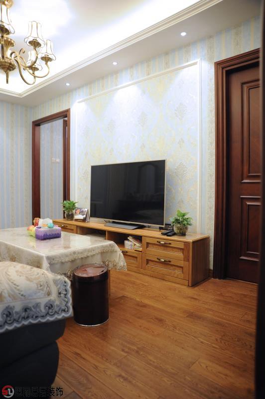二居 美式 70平 客厅图片来自思雨易居设计在《雅舍》北京70平2居美式实景的分享