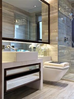 简约 现代 后现代 三居 小资 80后 卫生间图片来自高度国际姚吉智在140平米后现代新颖大方三居室的分享