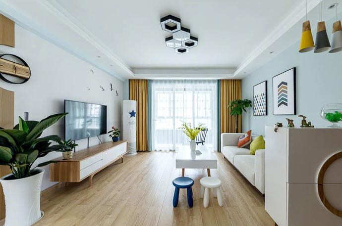 北欧 混搭 三居 客厅图片来自北京今朝装饰装修达人在110平米北欧混搭三居室的分享