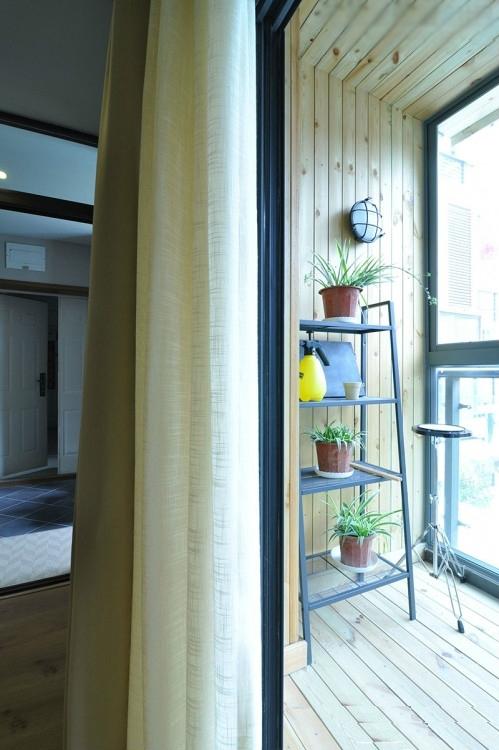简约 三居 小资 白领 阳台图片来自岚庭家居在融侨悦府120平现代的分享