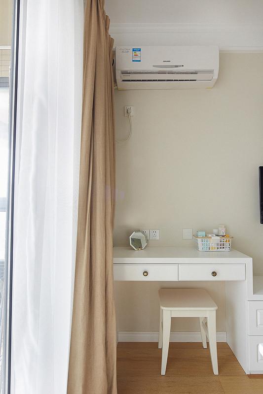 简约 三居 卧室图片来自岚庭家居在电建地产盛世江城94㎡清新美式的分享