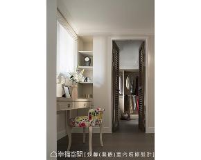 大户型 二居 美式 衣帽间图片来自幸福空间在质感灰 画家屋主的优雅美式宅的分享