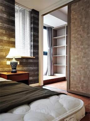 中式 高富帅 有钱任性 三居 80后 小资 卧室图片来自重庆高度国际装饰工程有限公司在龙山华府的分享