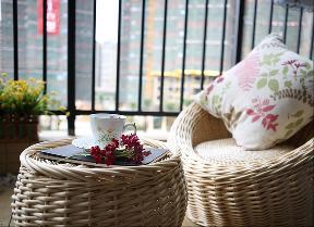 简约 欧式 田园 混搭 三居 宅天下装饰 80后 成都装修 成都设计 阳台图片来自乐粉_20170523094252350在和谐的生活情景的分享