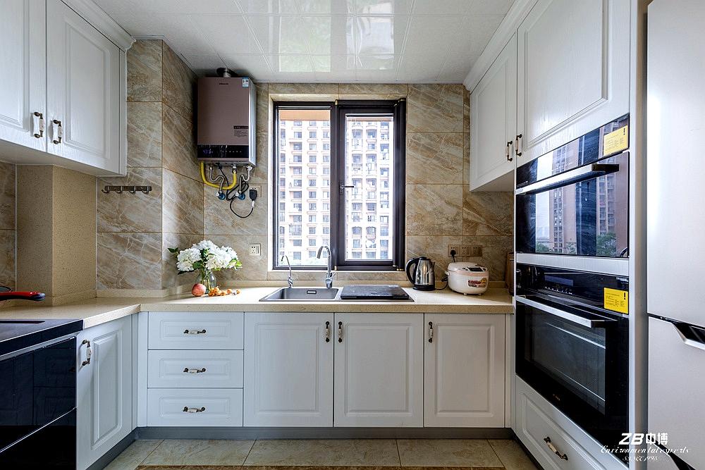 欧式 三居 白领 收纳 小资 中博装饰 厨房图片来自中博装饰在华瑞晴庐110方欧式舒适居家的分享