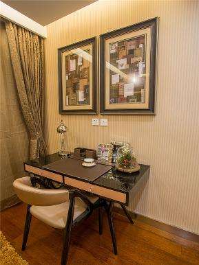 简约 现代 三居 80后 小资 大户型 书房图片来自高度国际姚吉智在136平米现代简约三居轻奢有品位的分享