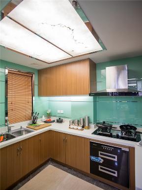 简约 现代 三居 80后 小资 大户型 厨房图片来自高度国际姚吉智在136平米现代简约三居轻奢有品位的分享