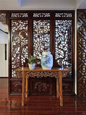 中式 新中式 三居 小资 旧房改造 收纳 玄关图片来自高度国际姚吉智在149平米中式三居尽显东方古韵的分享