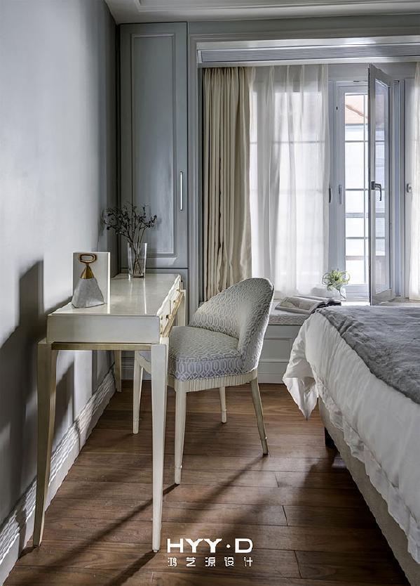 女儿房局部 有品质的简单生活是奢华的最高形式,删繁就简,品质即现。暖阳渗入,时光就此凝练成艺术。