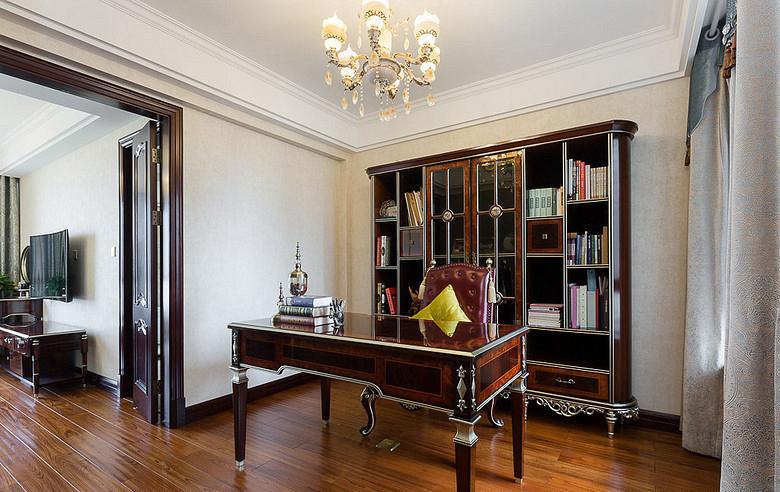 书房图片来自家装大管家在130平欧式混搭3居 演绎舒适人居的分享