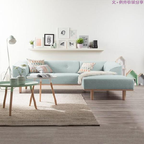 三、家具大小、摆放位置要合适   家具陈设要讲究技巧,不能随性而为。家具所占的空间比例和摆放位置要根据实际的生活需求恰当安排。