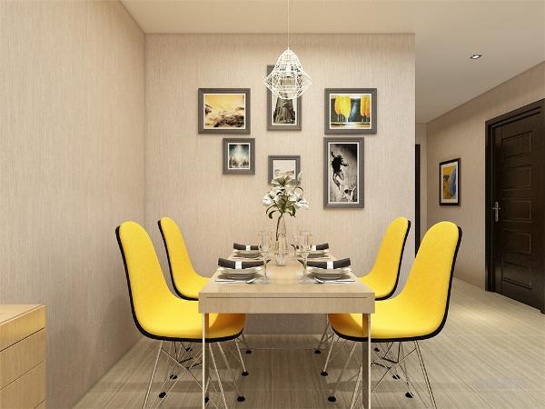 餐厅墙面也放置了一组照片墙,并在客餐厅之间放置了一个柜子,既能起到装饰作用也能起到收纳作用。