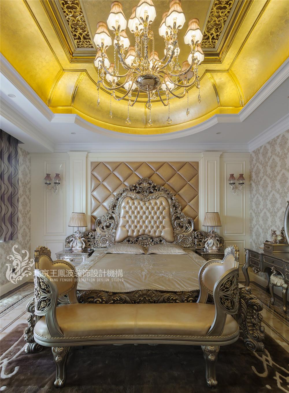 乌兰浩特碧 欧式别墅设 470平 三居 别墅 欧式 卧室图片来自王凤波设计机构在乌兰浩特碧桂园二欧式别墅设计的分享
