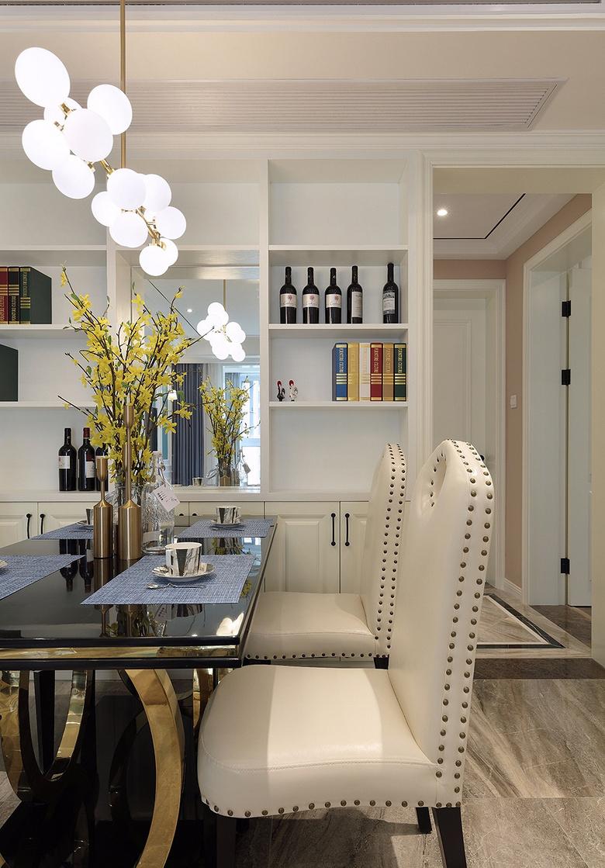 餐厅图片来自家装大管家在心中的星光 108平简欧雅致3居室的分享