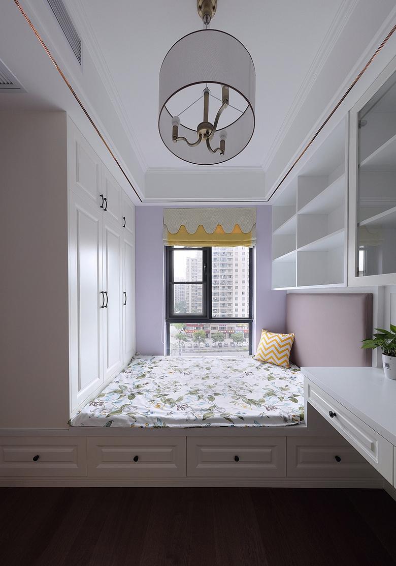 卧室图片来自家装大管家在心中的星光 108平简欧雅致3居室的分享
