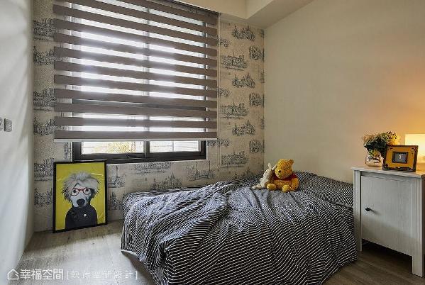 简单舒适的空间规划,藉由特色风格壁纸带出场域个性。