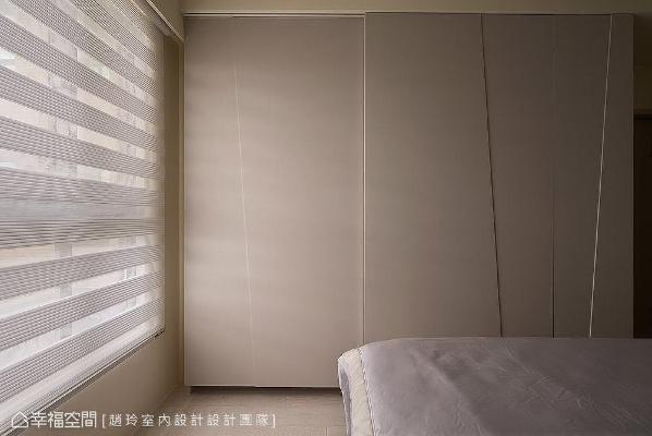 简约的白色柜面,勾勒些许利落线条,呼应床头背墙的视觉主题。