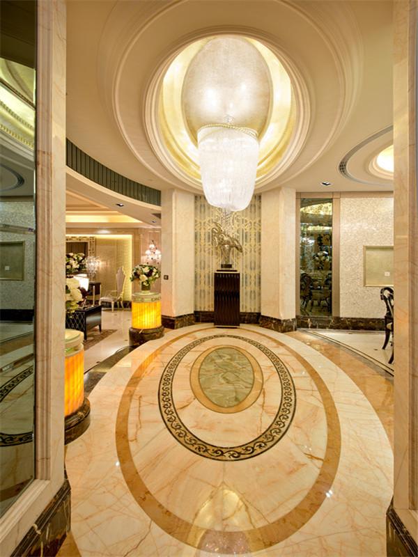 欧式 三居 四居 大户型 小资 80后 玄关图片来自高度国际姚吉智在167平米欧式四居彰显优雅不凡的分享