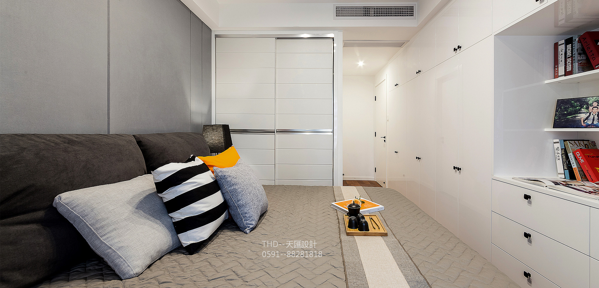 简约 小资 80后 三居 天汇设计 游小华 卧室图片来自游小华在现代简约《日舒之光》的分享