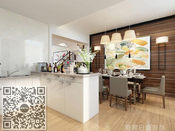 简洁大气的空间里,木质家具似乎隐隐散发出大自然的味道;造型优美的桌椅、做工精良的果盘、点缀其中的盆景端正而稳健,