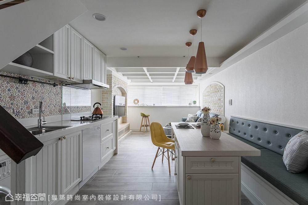 二居 美式 小户型 餐厅图片来自幸福空间在轻美式乡村 92平梦幻童话小屋的分享