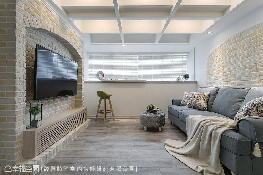 二居 美式 小户型 客厅图片来自幸福空间在轻美式乡村 92平梦幻童话小屋的分享