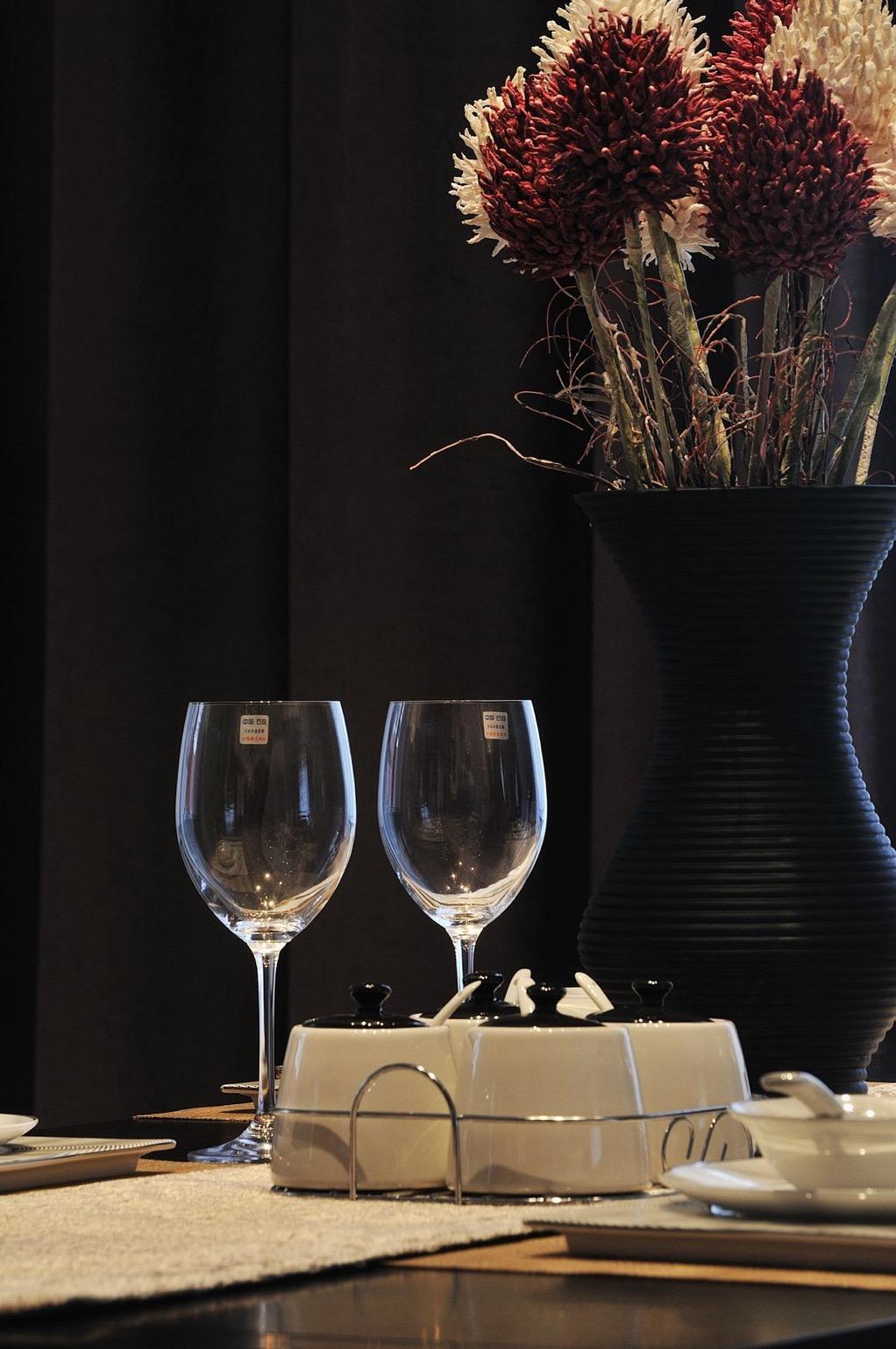 餐厅图片来自石家庄大业美家装饰在元氏天山水榭花都—印象中国风的分享