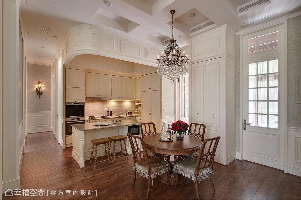 四居 古典 厨房图片来自幸福空间在敞朗新貌 132平古典悠扬气场的分享