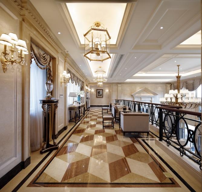 混搭 高度国际 别墅 融创白象街 别墅装修 楼梯图片来自重庆高度国际装饰工程有限公司在豪华装修时尚范十足的分享