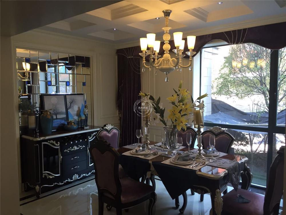餐厅图片来自深圳浩天装饰在浩天装饰-尚峰公馆的分享
