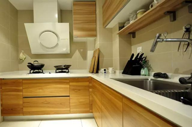 简约 三居 80后 厨房图片来自金空间装饰集团在简约•不简单的分享