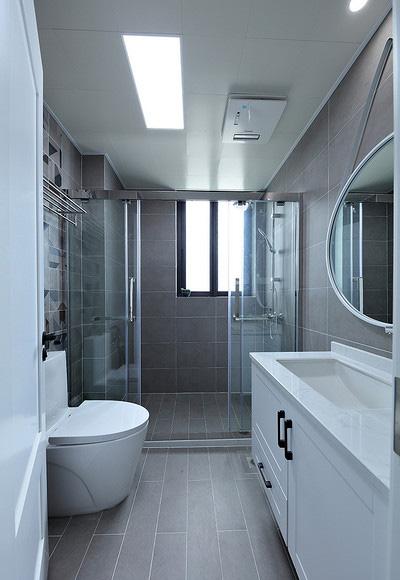 卫生间图片来自家装大管家在107平原木北欧3居 回归简单原味的分享