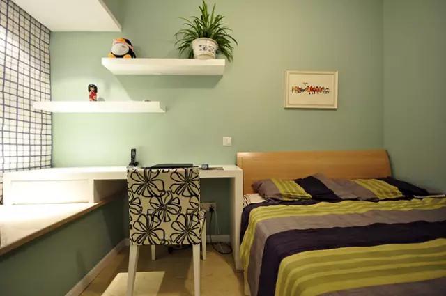 简约 三居 80后 卧室图片来自金空间装饰集团在简约•不简单的分享
