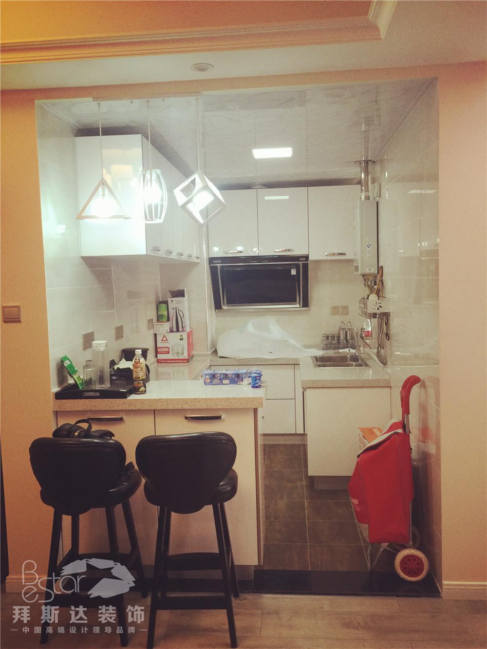 简约 完工实景 拜斯达装饰 武汉 室内设计 厨房图片来自武汉拜斯达装饰 吴慧在【拜斯达装饰】中大十里新城89平的分享
