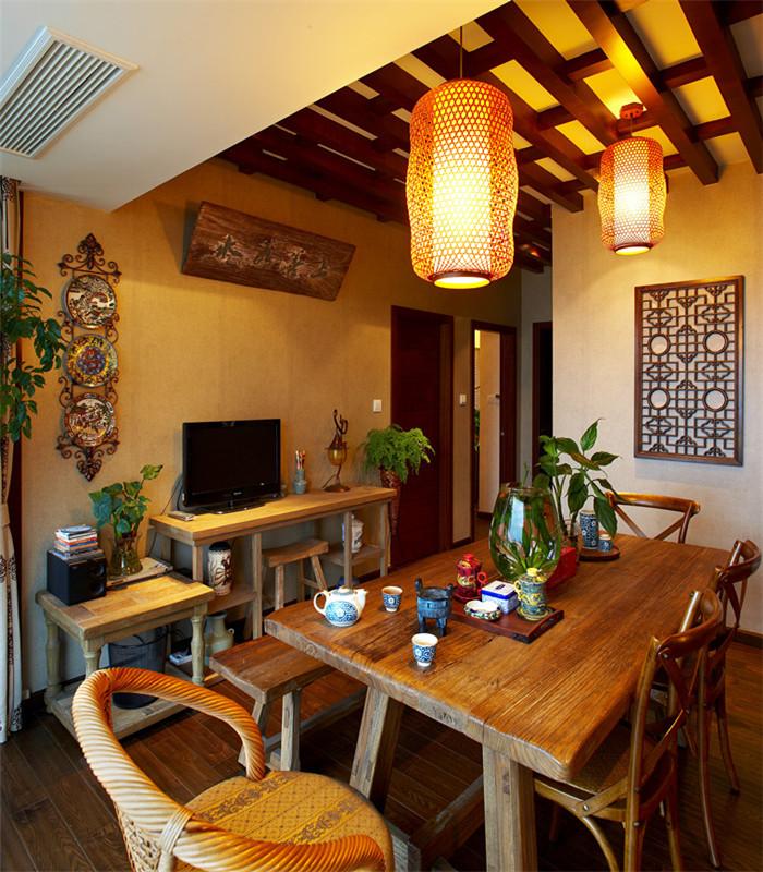 中式 别墅 大户型 80后 小资 复式 跃层 餐厅图片来自高度国际姚吉智在180平米中式风情醉在茶乡梦的分享