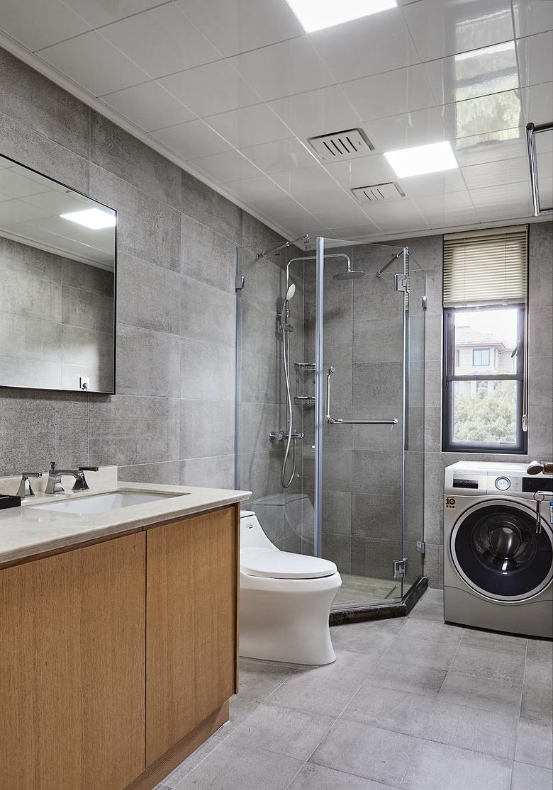卫生间图片来自家装大管家在135平日式禅意3居 停下忙碌脚步的分享