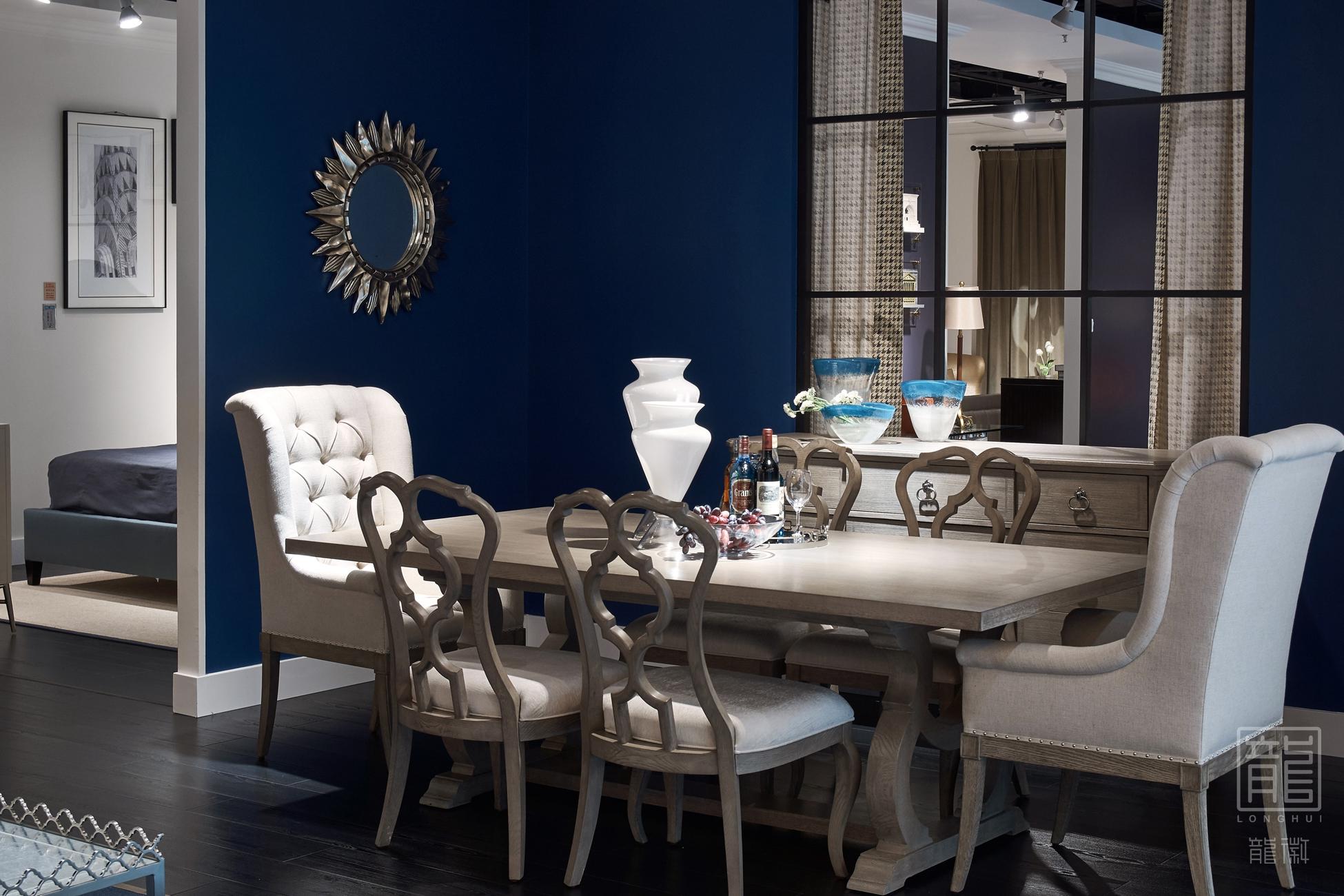 餐厅图片来自龙徽设计在成都富森美本哈特温格美式家居馆的分享