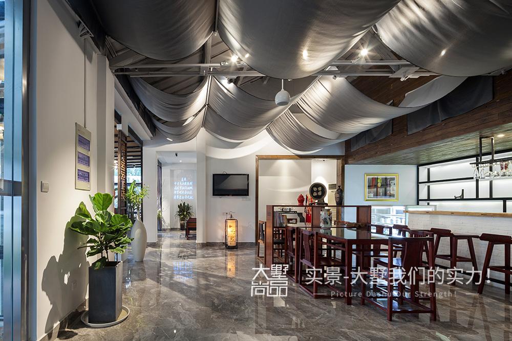 混搭 餐厅图片来自大墅尚品-由伟壮设计在旗袍会所·清风徐来她自盛开的分享