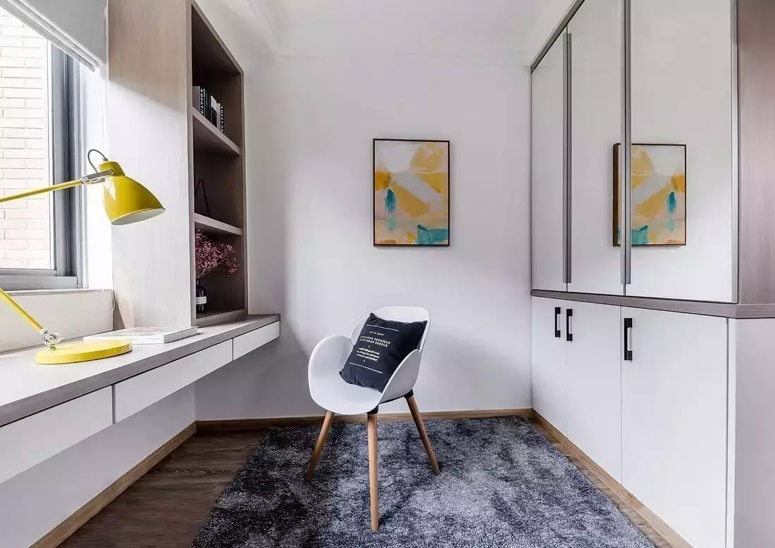 简约 白领 北欧风格 三居 书房图片来自极装吉住装修在90㎡三室两厅,设计1㎡都不浪费~的分享
