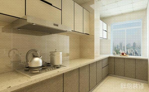 厨房现代气息浓重,柜体金属质感和炊具呼应起来感觉有点酷呢!