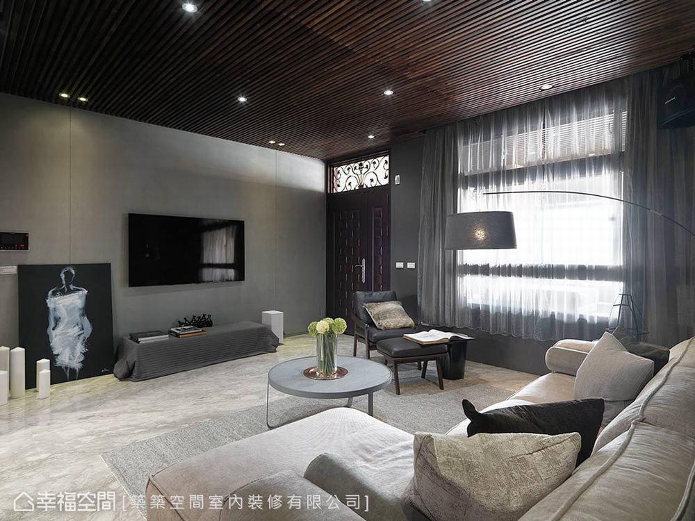 四居 现代 别墅 客厅图片来自幸福空间在以幸福为名 砌筑264平梦想雅居的分享