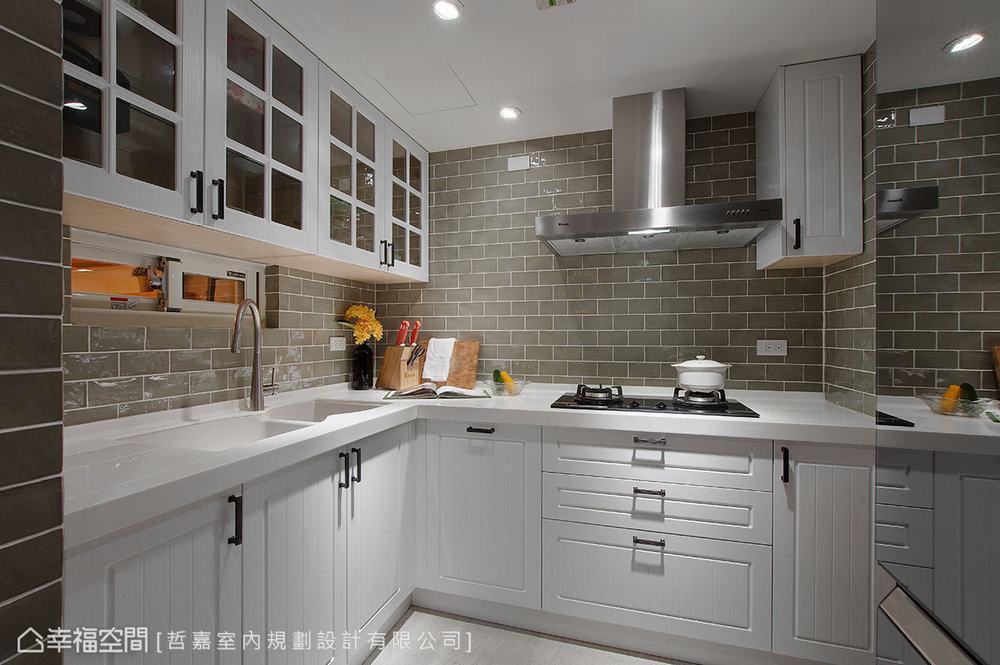 别墅 四居 旧房改造 厨房图片来自幸福空间在引光纳景 254平老别墅明亮重生的分享