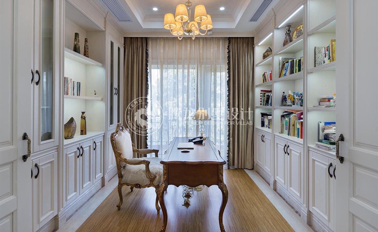 云间绿大地 别墅装修 欧式风格 腾龙设计 书房图片来自腾龙设计在云间绿大地别墅装修设计欧式风格的分享