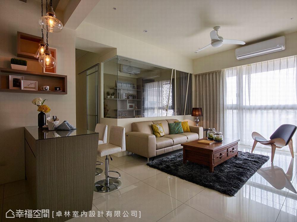 二居 美式 客厅图片来自幸福空间在日光美式宅 砌出89平的馨暖惬意的分享
