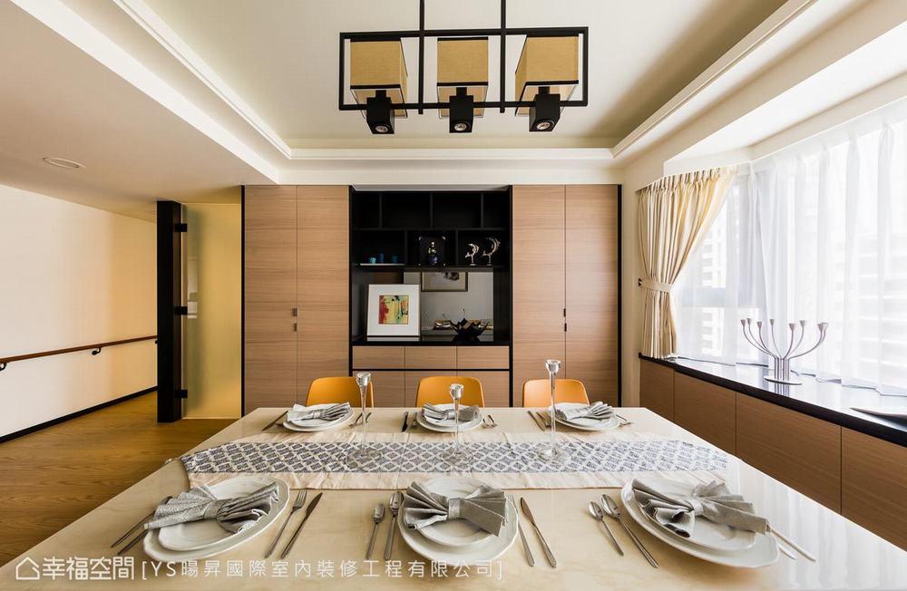 四居 现代 餐厅图片来自幸福空间在贴合生活的设计132平暖心熟龄宅的分享